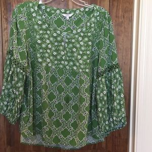 Crown and Ivy green peasant top XL